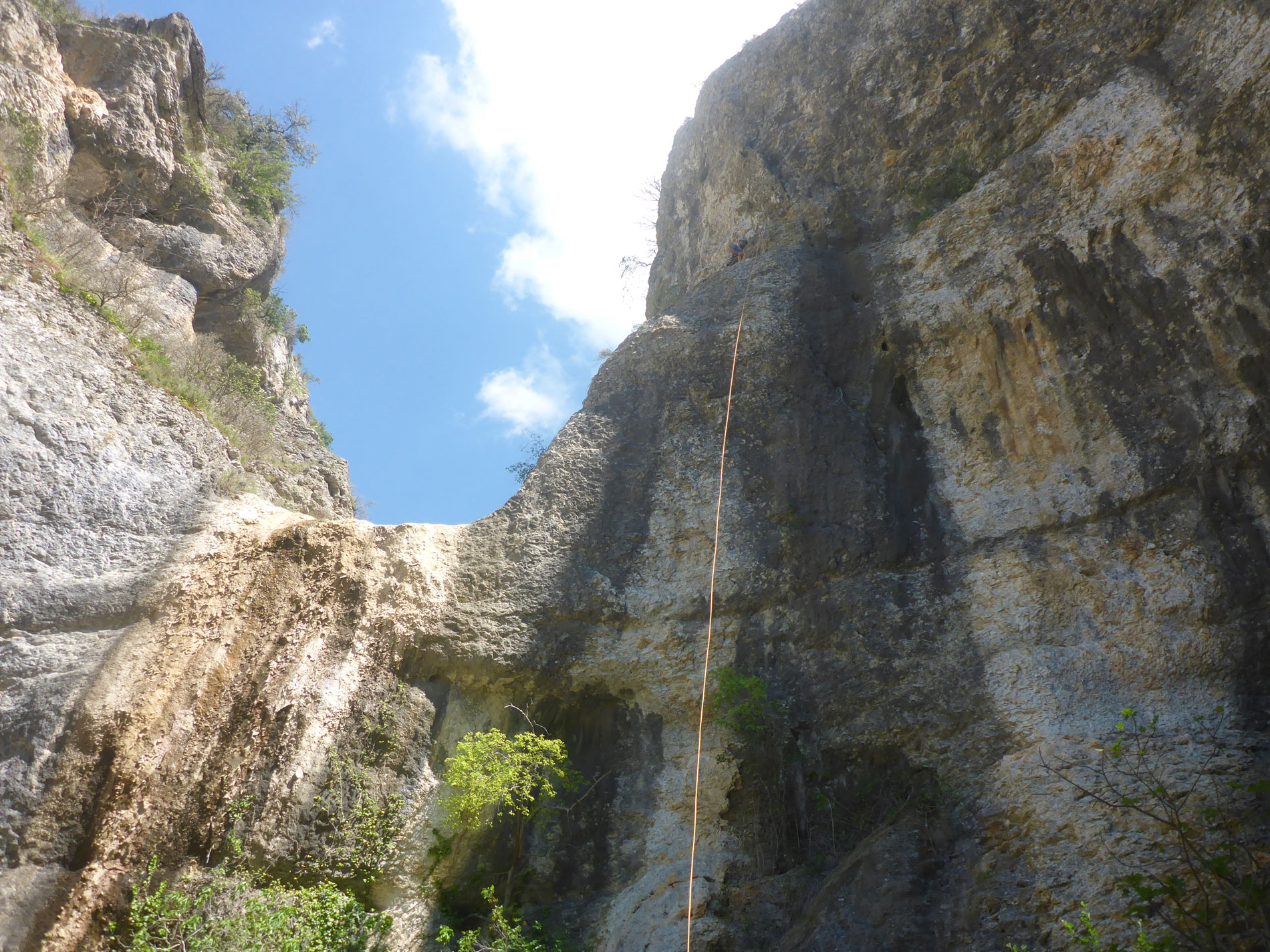 Rochecolombe dry canyon